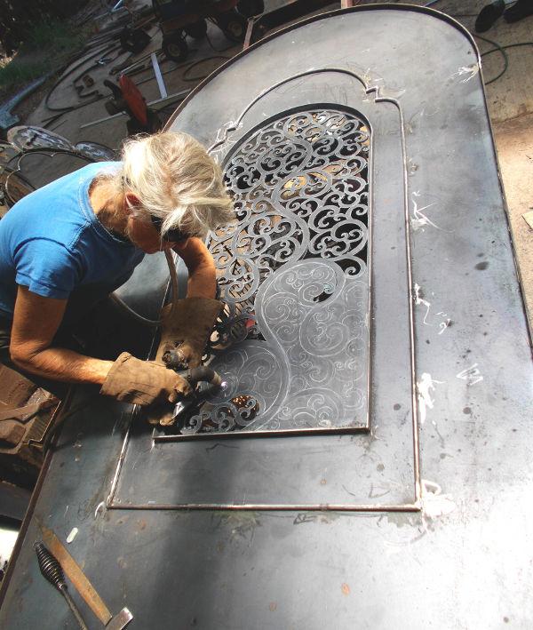 Piercing Great Swan PC Door
